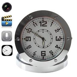 Ceas de birou cu Camera Spion: foto, video si microfon, inregistrate pe card SD