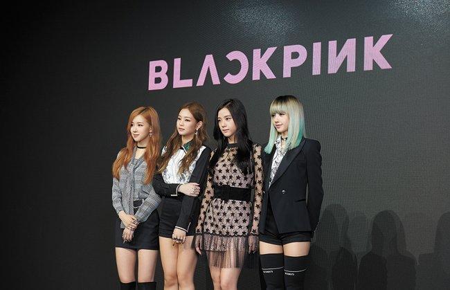BLACKPINK debut