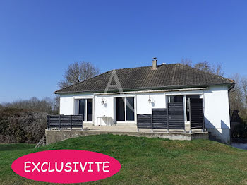 maison à La Chapelle-Hugon (18)