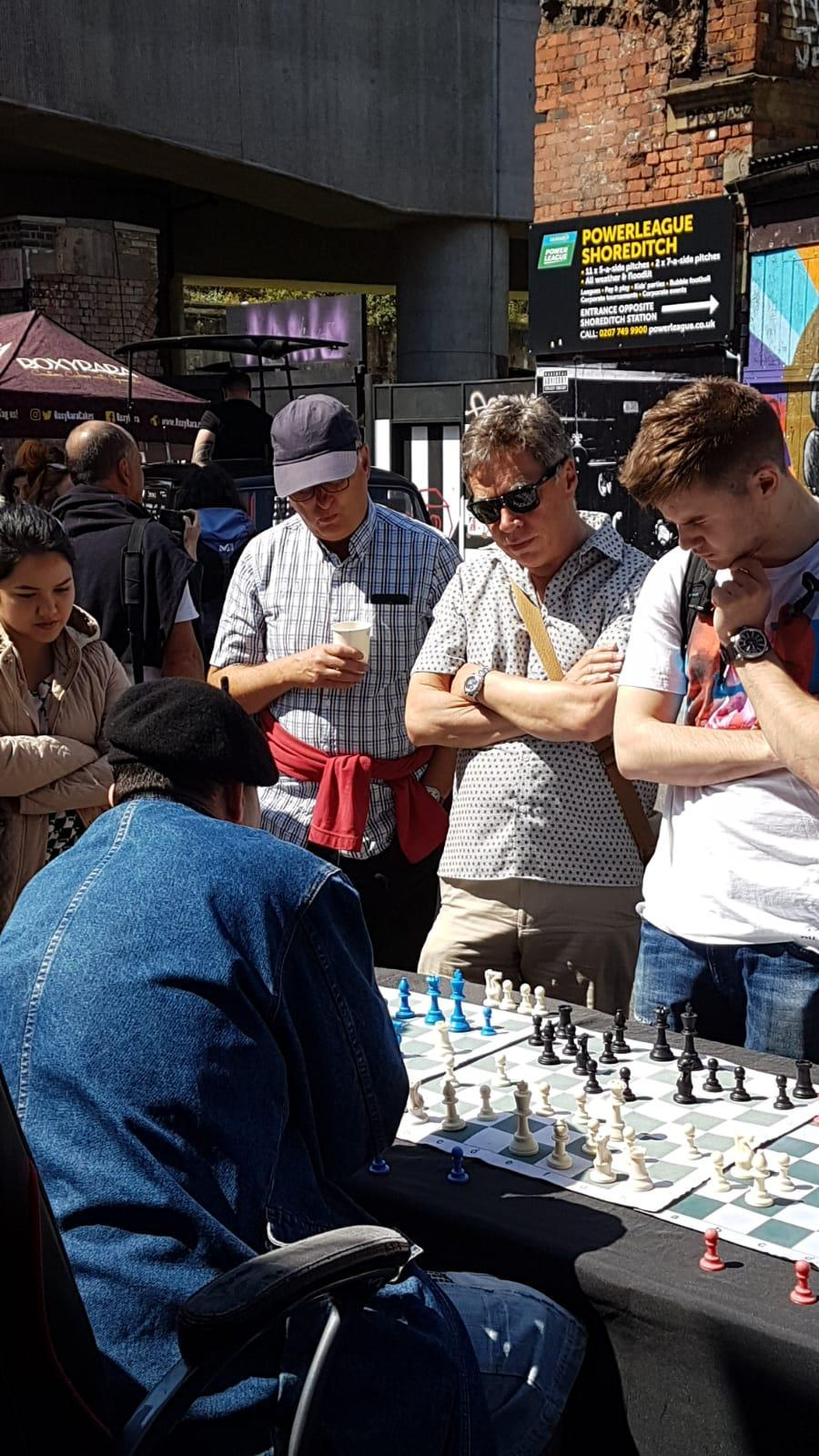 C:\Users\Clive\Documents\clive\chess\brick lane.jpg