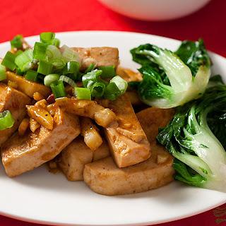 Sichuan (or Szechuan) Tofu with Garlic Sauce.