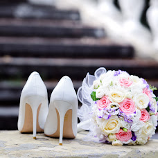 Wedding photographer Olga Ogulchanskaya (happydaywithme). Photo of 07.09.2018