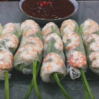 Gỏi cuốn (Vietnamese Fresh Spring Rolls)