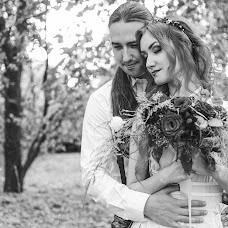 Wedding photographer Vitaliy Manzhos (VitaliyManzhos). Photo of 25.10.2016