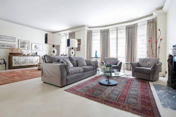 Appartement 4 pièces 211 m2