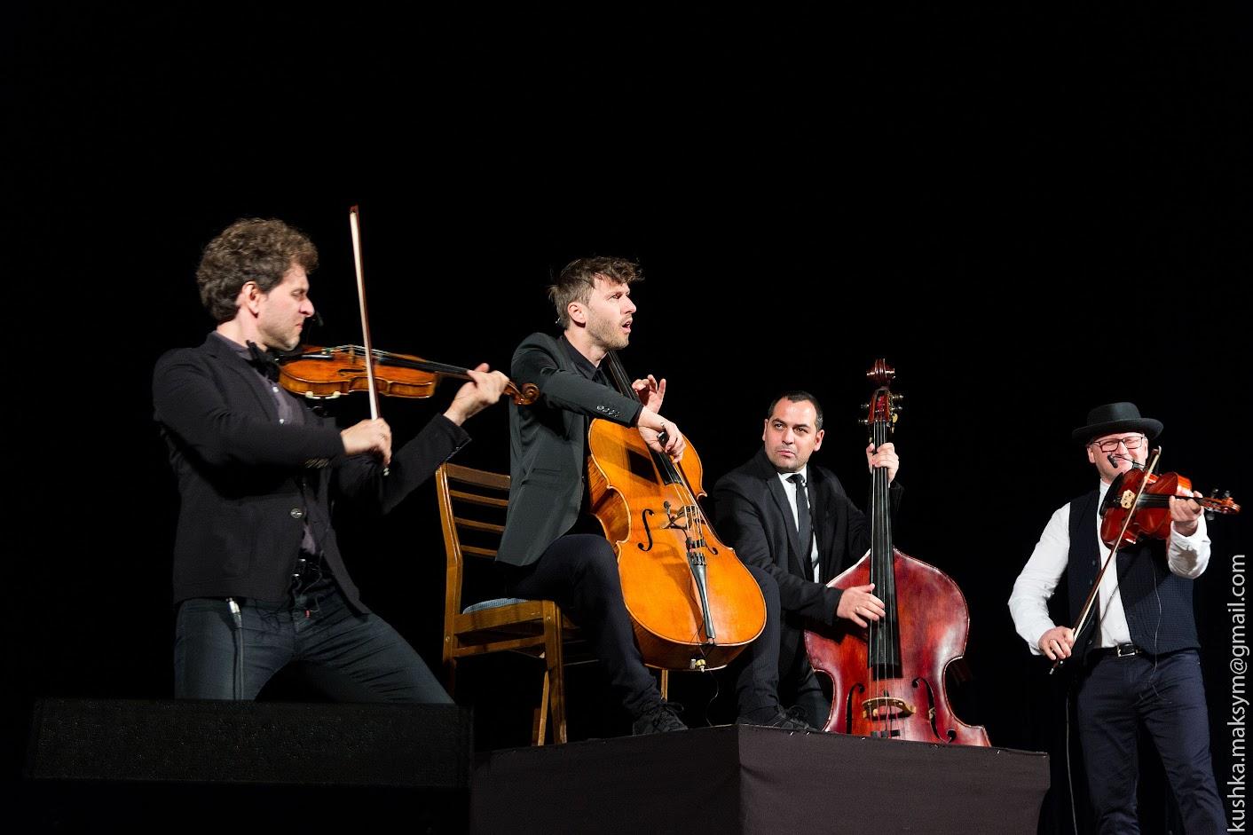 Польський струнний гурт VOLOSI знову грав для вінничан у театрі Садовського