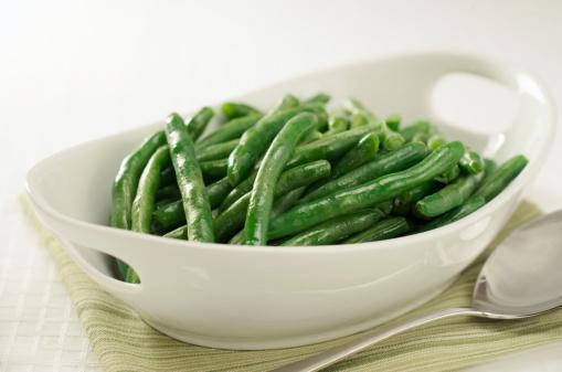 https://media.istockphoto.com/photos/healthy-steamed-green-beans-in-white-serving-bowl-picture-id174678389?b=1&k=6&m=174678389&s=170667a&w=0&h=gu4_ylMc02RolTN_OuhGe8gCqcVa0oWpkRh1jTGsdUU=