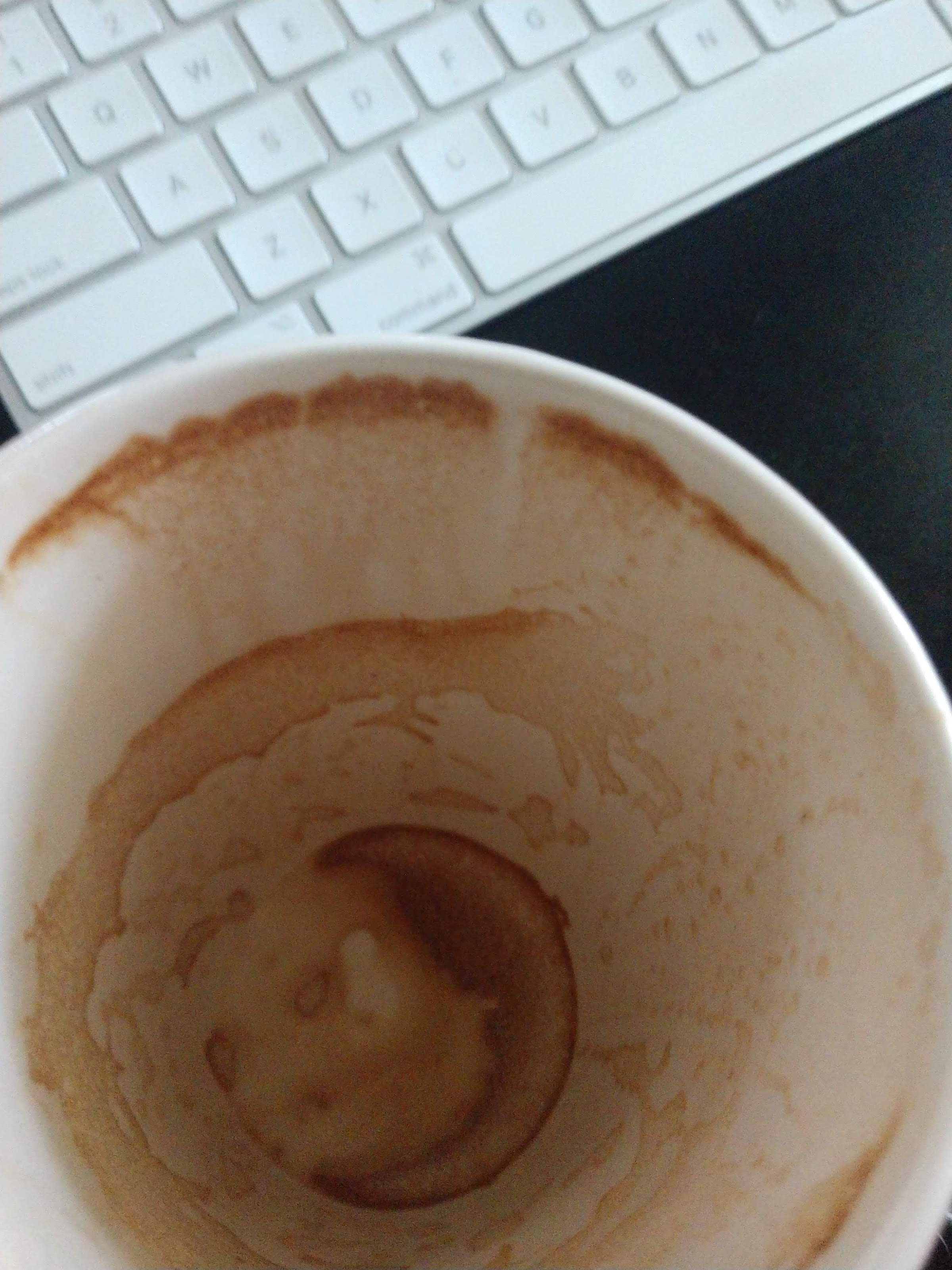 कॉफी कप मॅक कीबोर्ड