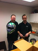 Photo: Rat Poison team in Nederland hier Phil op de foto met Kees Vreeman die zijn helm speciaal gespoten heeft voor 2011. Ook dit is weer een plaatje.