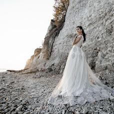 Wedding photographer Svetlana Lukoyanova (lanalu). Photo of 15.02.2017
