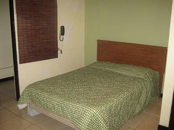 Coqui Inn Hotel