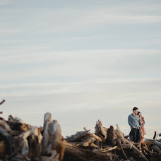 Wedding photographer Carlos Carnero (carloscarnero). Photo of 03.03.2018