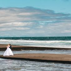 Wedding photographer Yuriy Smolnickiy (Yuri). Photo of 14.09.2017