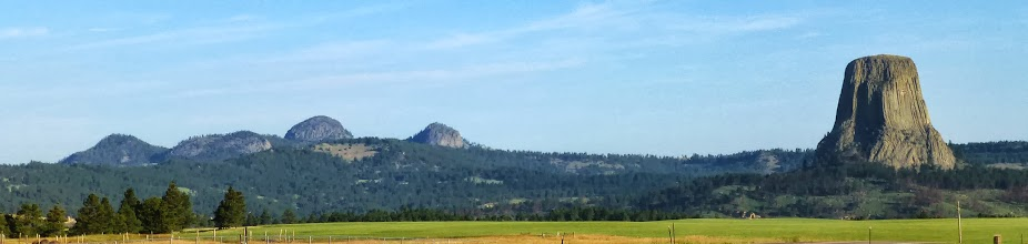 Photo: Panorama of the Missouri Buttes and Devils Tower