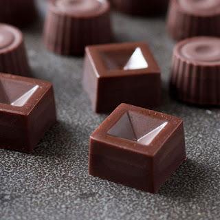 Salted Date Caramel Raw Chocolates.