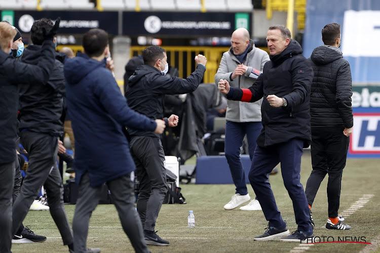 """Van den Brom baalt na nederlaag in topper: """"Fysiek niet meer in staat om te achtervolgen"""""""