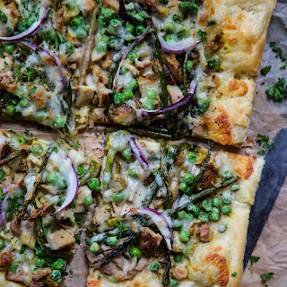 Turmeric Chicken Pizza with Asparagus & Peas.