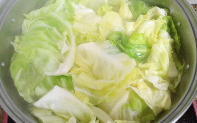 6 loại rau không bao giờ nên luộc