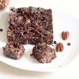 Sweet Pecan Chia Seed Protein Bars.