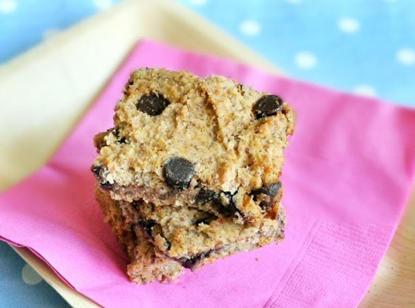 Healthy Chocolate Chip Blondies Recipe