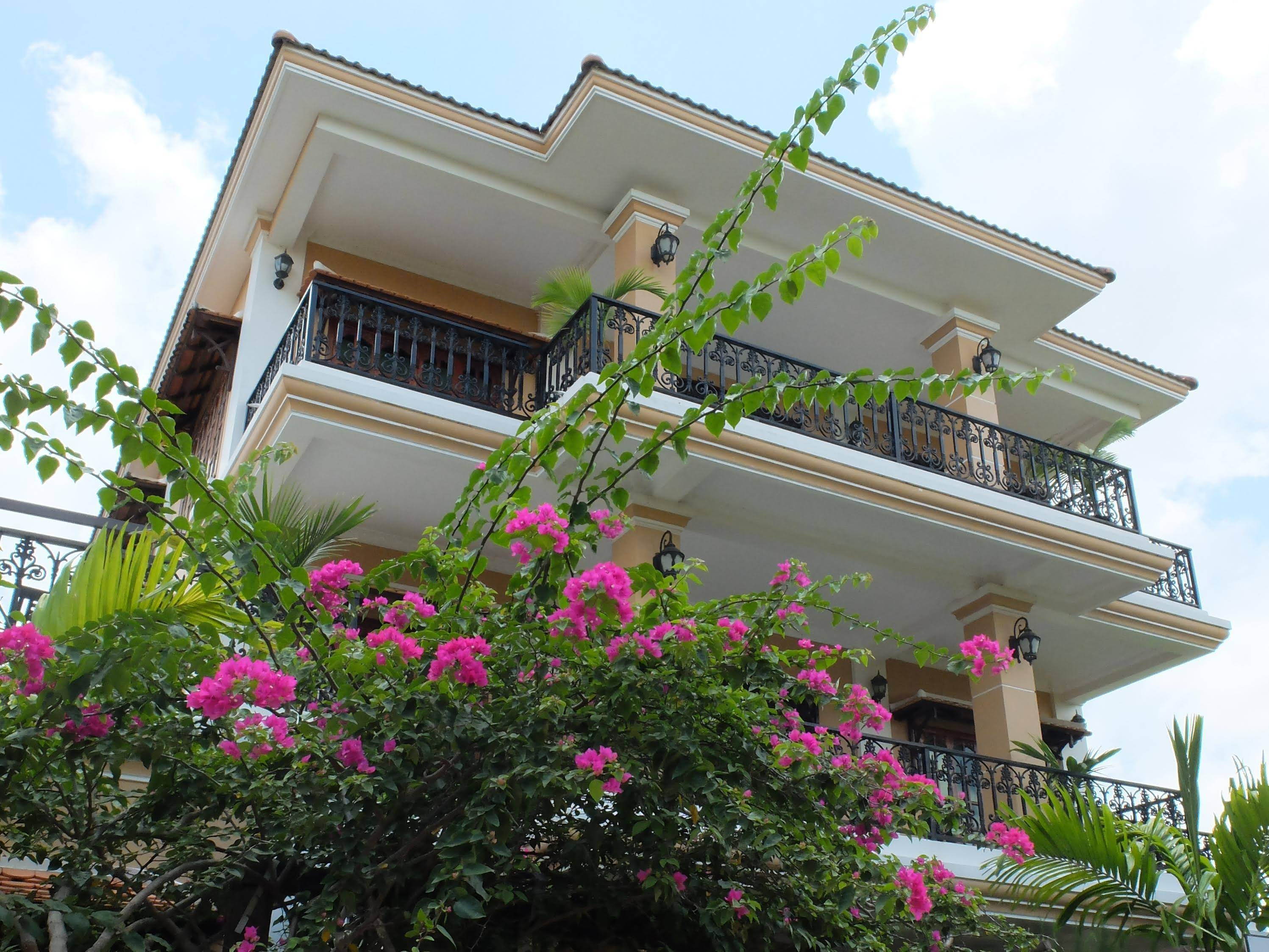 The Rose Apple Boutique Bed & Breakfast