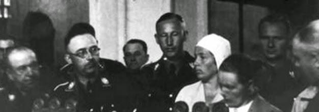 Photo: Wiligut, Himmler, Heydrich, Frau Heydrich, Frau Himmler, Wolff