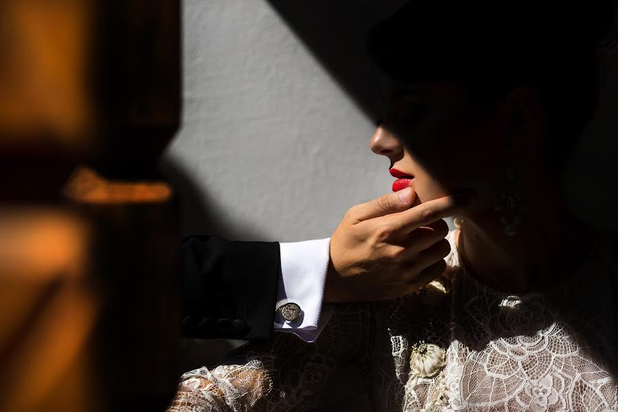 Wedding photographer Daniel Dumbrava (dumbrava). Photo of 04.10.2017