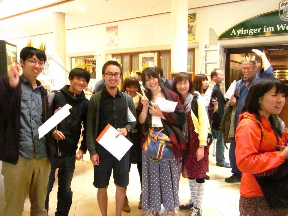 Photo: International unterwegs fürs #BGE beim BIEN Kongress 2012 in München-Ottobrunn & beim Basiskongress in München-Schwabing.