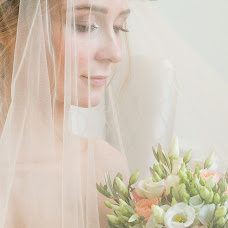 Wedding photographer Irina Kozlovskaya (IrinaTihonova). Photo of 24.03.2017