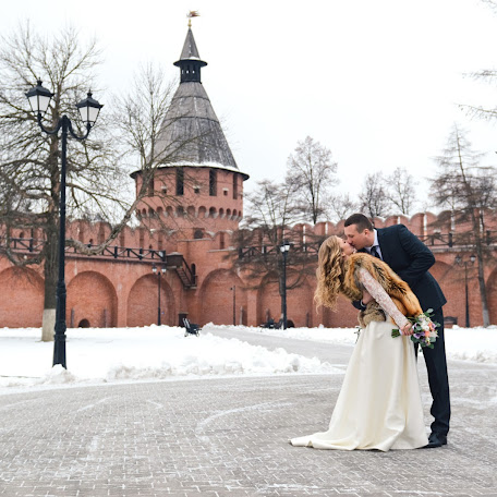 Wedding photographer Alena Shnyrova (alenarussia). Photo of 29.12.2017