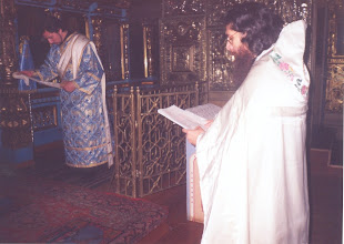 Photo: Oración ante el Ambón 2