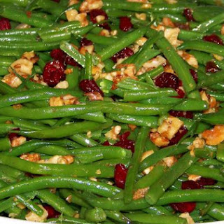 Green Beans With Roasted Walnuts and Sweet Cranberries