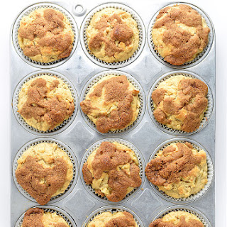 Apple Cinnamon Muffins with a Cinnamon Crunch Topping Recipe