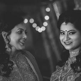 Candits by Saugata Paul - Black & White Portraits & People