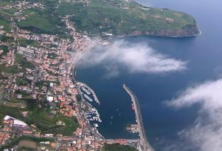 Photo: Hortan satama-allas ilmasta (lensimme Ponta Delgadasta Hortalle ja takaisin)