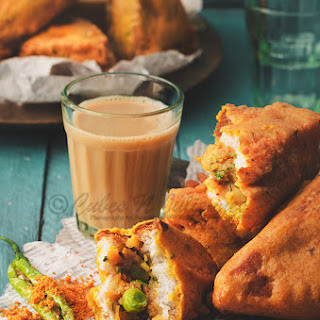 Mixed Veg-Paneer Bread Pakoda