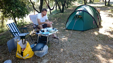 Photo: Ontbijt op de camping