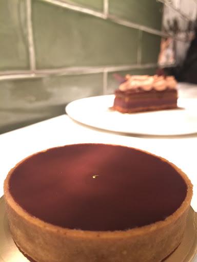 看似不起眼,口口充滿了驚喜,巧克力吃得到也喝得到道地的濃醇香✨