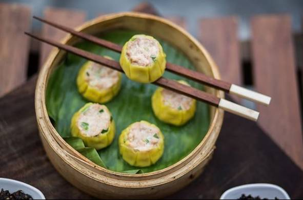 dishes-to-try-in-hauz-khas-village-dimsums-auro-kitchen-and-bar
