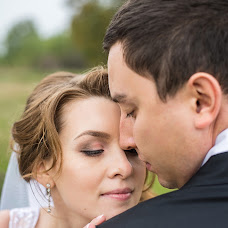 Wedding photographer Alena Gusakova (Alenakzn). Photo of 30.09.2014