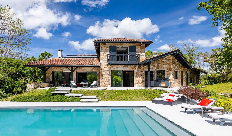 Villa avec piscine et jardin Ascain