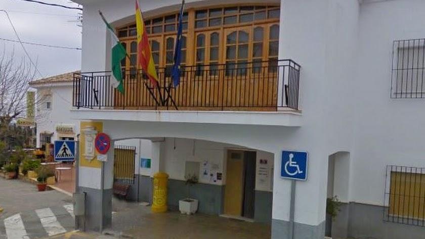Fachada del Ayuntamiento de Taberno.
