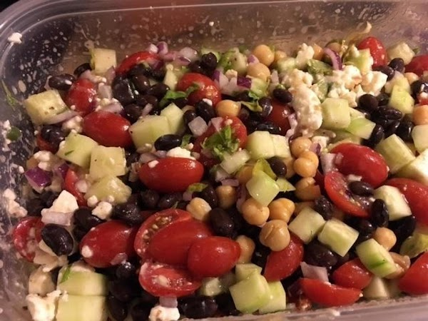 Garbanzo And Tomato Greek Salad Recipe