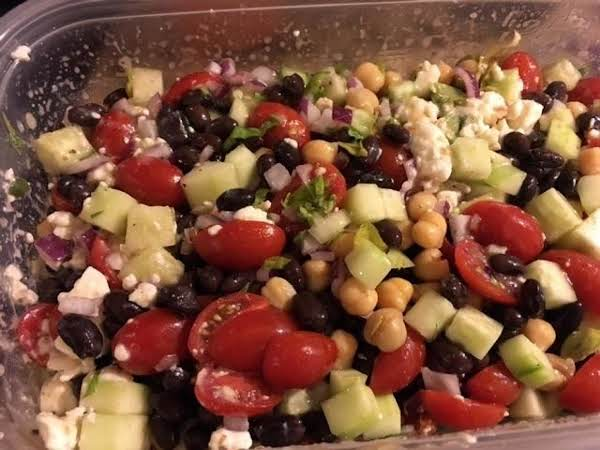 Garbanzo And Tomato Greek Salad Recipe