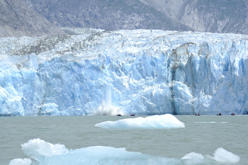 Ponant-glacier.jpg - See the glaciers of Alaska from a whole new perspective on a Ponant cruise.