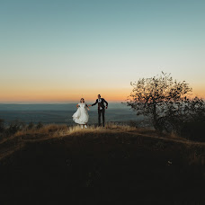 Wedding photographer Istoc Marius (IstocMarius). Photo of 07.06.2019