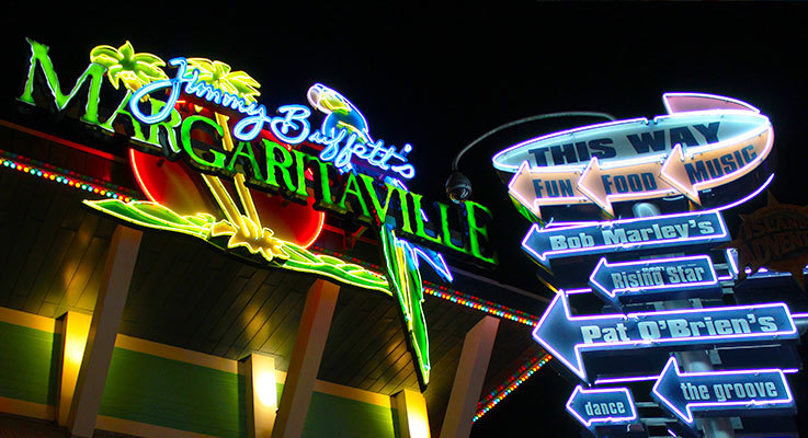 Shop, dine and have fun at Universal CityWalk