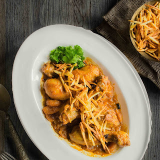 Apricot and Chicken Curry (Jardaloo ma Murghi)