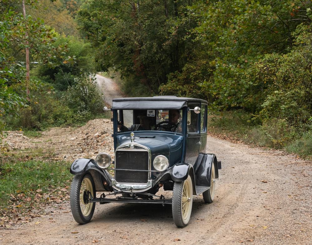A produção dos primeiros carros em larga escala também partiu da Inglaterra. (Fonte: In Dancing Light/Shutterstock)