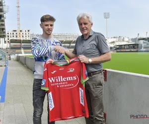 OFFICIEEL: KV Oostende sluit deal met Manchester United voor Belgisch belofteninternational